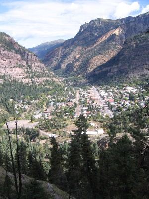 View back toward Ouray from the Sutten Mine Trail